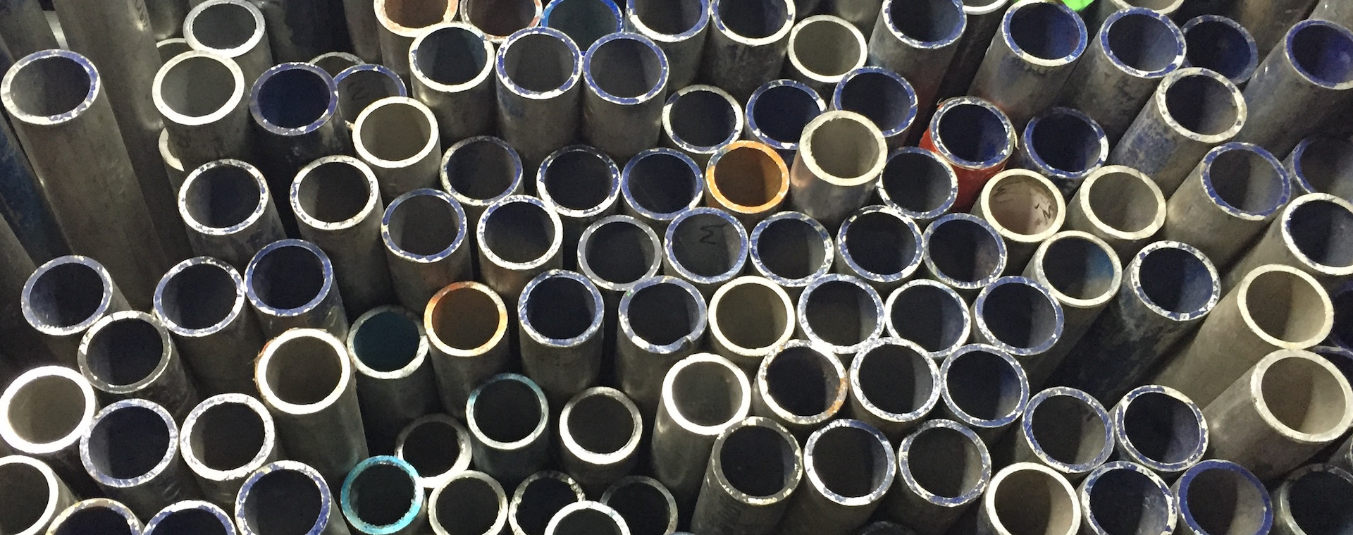 Alloy Tubes in every size from 0.5m to 6.0m.