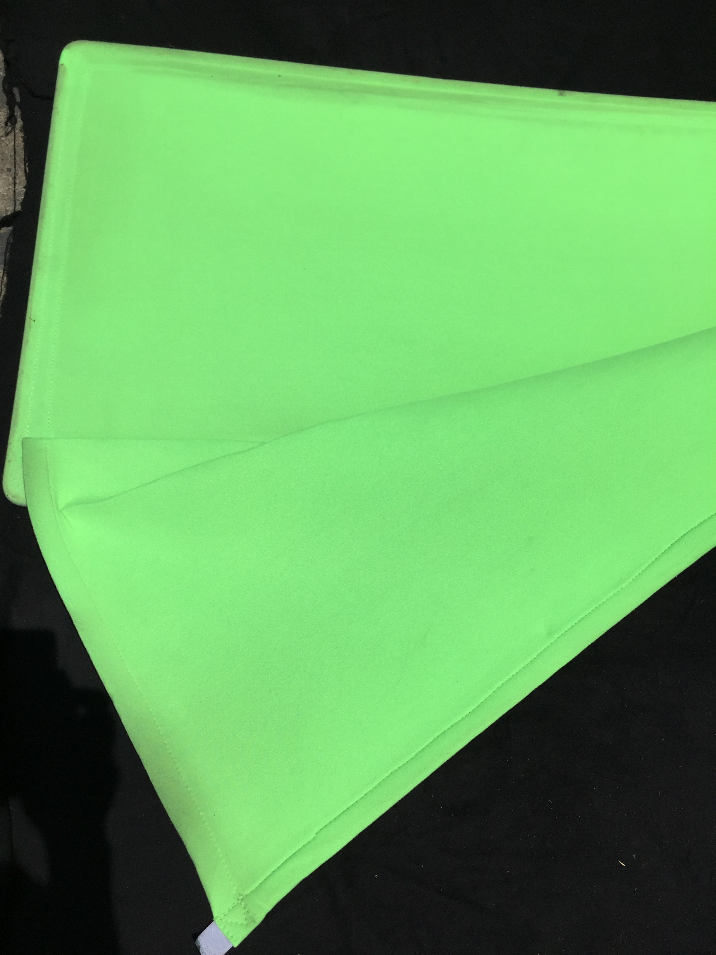 Green Screen Cutter approximately 1.5m x 1.5m.